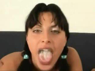 Spermë në të saj gojë përmbledhje