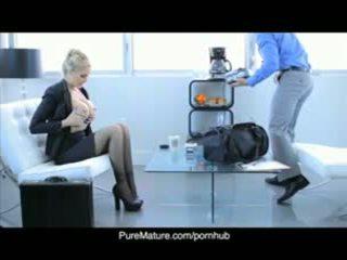 Puremature julia anns 성적 사업 모임