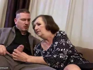 Ošklivý tuk babičky gets fucked těžký