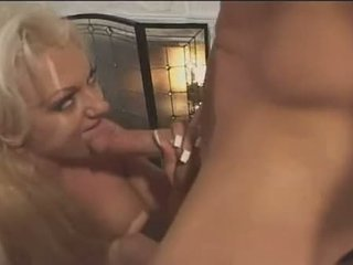 Hot Teen Victoria Spencer Slams Her Ass On Hard Joy Pole Stretching Immodest Gap