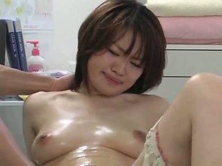 Surprising orgasm jooksul massaaž osa 2