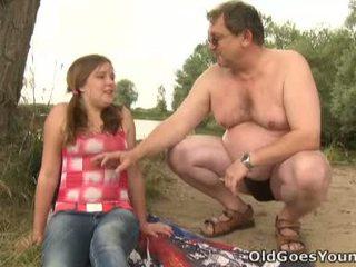 Celine touches küpsemad mees riist nagu the professionaalne