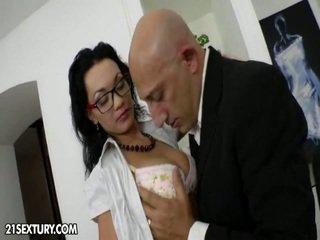 hardcore sex, kissing, piercings