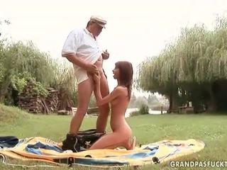 Grandpas és fiatal lányok szex