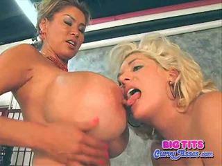 Btca claudia marie と minka. 巨大な breast ホット southern 女の子 と アジアの