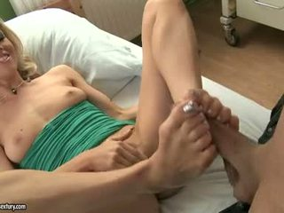 Michelle Moist DO Foot Job To A Hard Knob