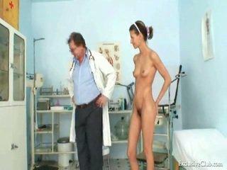 Angela gyno muff exame tudo sobre espéculo por maduros bizarro médico