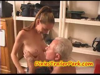 Crissy fucks the bosses pomo!