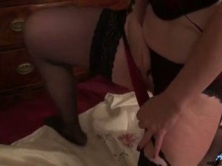 Mature First Timer Romances Her Craving Pussy