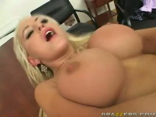 SavAnnah Gold Receives A Popload Of Cum On This Chabr Juicy Melons