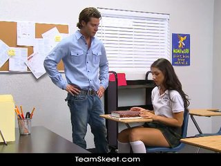 InnocentHigh Tall Schoolgirl Teenager Scarlet Banks Classroom Bumped