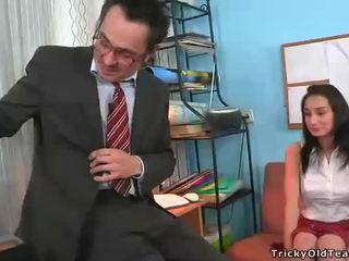 Mamada para madura profesora