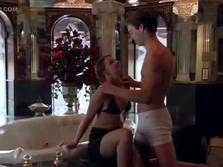 Pornozvaigzne skaistule sarah blake