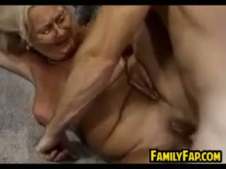 nenek, blowjob, lama + young