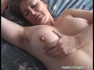 Оргазм на додому грудаста французька матуся martine відео