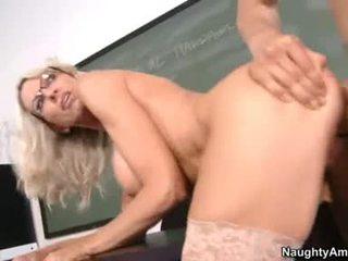 Rampant EmMa Starr Rides Her Snatch On A GIant Prick