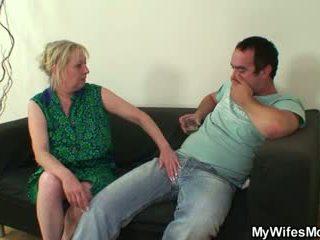 Riist näljane mother-in-law seduces teda