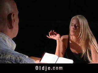 Oldje: chelsey lanette banged 由 an 老 bald 男人