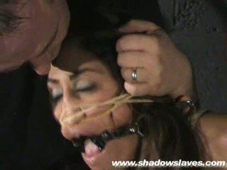 Sahara knite humiliating arc megkötözés és spanked