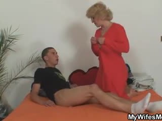 Mom-in-law rides him and aýaly comes in