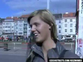 Tchèque streets - ilona takes pognon pour public sexe