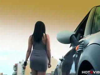 Lara Tinelli - Driving Miss Squirtsy