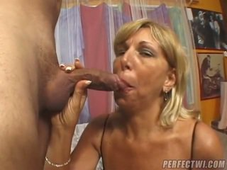 Zena just likes to bang all a time.