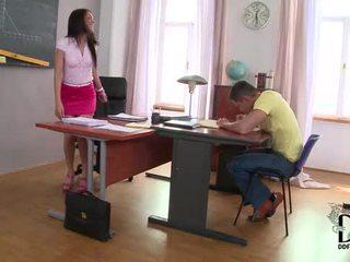 Panas warga latina samia duarte's keriting kajian session dalam kaki pekerjaan