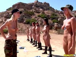 Breanne benson e suo 10 gfs in lesbiche esercito
