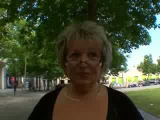 Carole franceze moshë e pjekur anale fucked