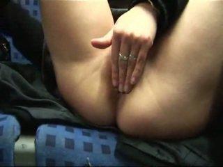 Amatør blond onanering & knulling i tog