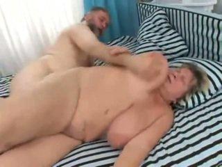 Vids of big people having porno at krasan onto a bed