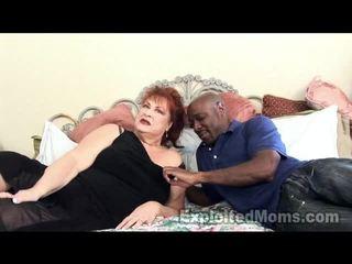Bunica receives bawdy cleft pounded de mare negru pula