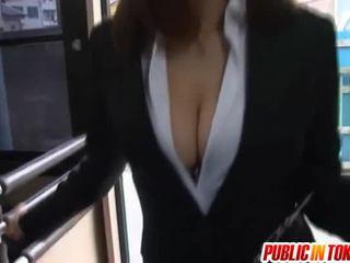 ιαπωνικά, αυνανισμός, δημόσιο