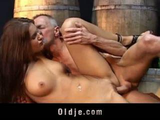 Oldje: lusty বালিকা fucks পুরাতন নানা
