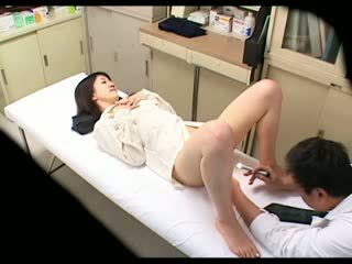 Ndelok perverted dhokter uses babeh patient 02