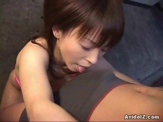มีอารมณ์ ญี่ปุ่น ai himeno gives the ยิ่งใหญ่ ใช้ปากกับอวัยวะเพศ