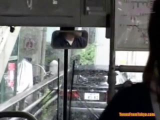 Insurubata pe the public autobus