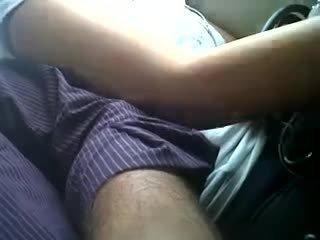 Ajo si në të jetë touched (boobs)