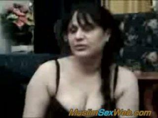 Arab syrian גברת מזוין