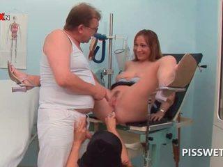 Napalone laska getting cipa licked pisses w doctors usta