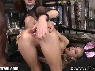 Cayenne loves rocco oleh rocco siffredi