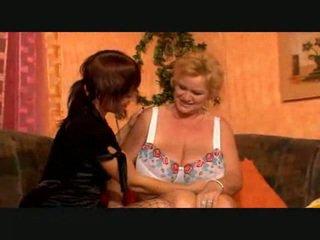 Veľký breasted lezbické babka