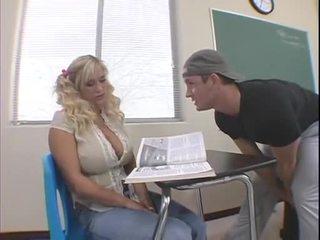 Shyla stylez en salle de classe