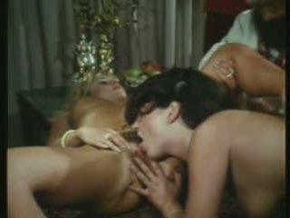 grupu sekss, vīnogu raža, orģija