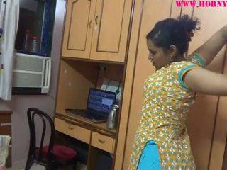 Ινδικό ερασιτεχνικό babes lily σεξ
