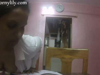 Slutty indiyano sekretarya gets malibog sa ang opisina