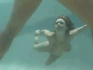 Isabella soprano υπό νερό