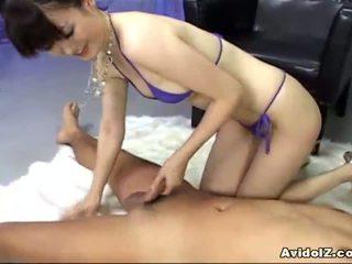 Ai himeno loves kuk erting og gruppe masturbation