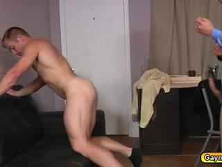 La recruiter suçage bite et anal baise